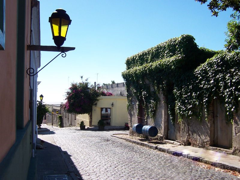 colonia del sacramento calle tc3adpica My top 20 things I want to do/see in South America
