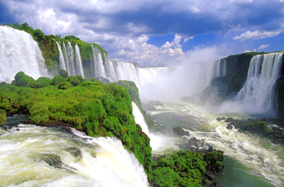iguazu falls My top 20 things I want to do/see in South America